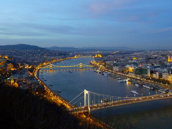 immagine per Praga Vienna Budapest Bratislava